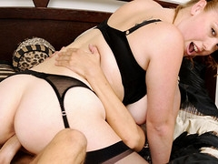 Busty honey brings her recent concupiscent fuckfriend to her place...!